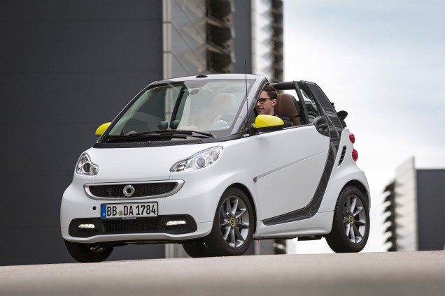 smart fortwo sortie de la s rie limit e boconcept. Black Bedroom Furniture Sets. Home Design Ideas